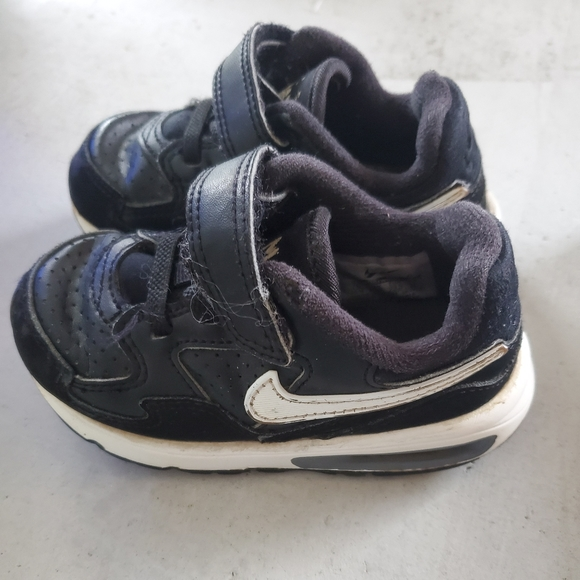 Nike Shoes | Sales For Little Boys